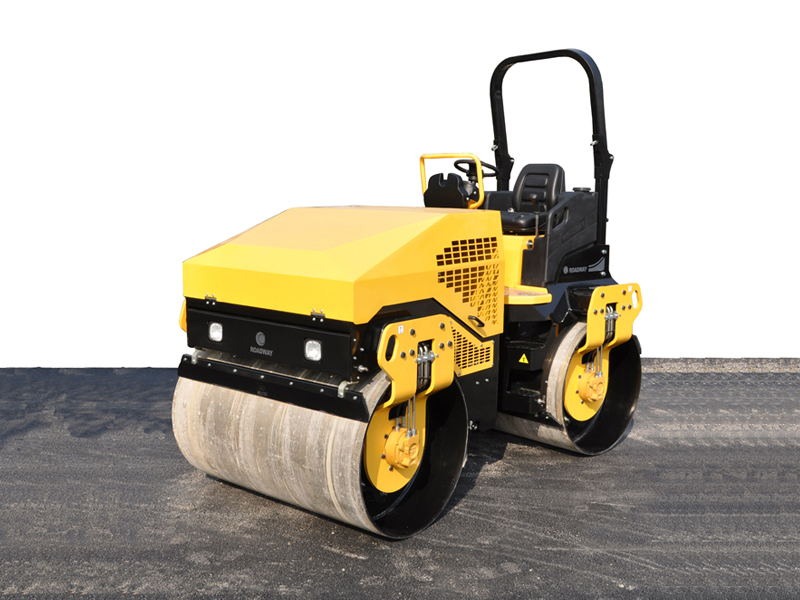 Ride-on hydraulic vibratory roller RWYL71
